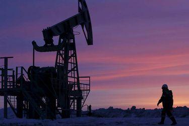 El precio del petróleo anota fuerte alza ya que suministro más ajustado contrarresta preocupación por virus