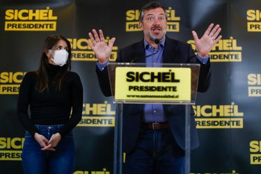 """Sichel respalda a Martorell por investigación de Contraloría: """"Estamos tranquilos y estamos orgullosos de que participe en este comando"""""""