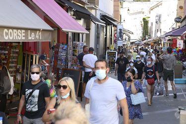 Activan plan de emergencia en hospitales en Francia tras aumento de contagios
