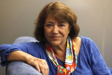 """Marcela Serrano: """"Lo interesante es la protesta pacífica que ha ido en aumento"""""""