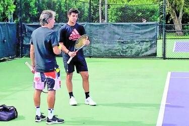 La primera decisión de Garin tras su derrota en Copa Davis: despide a su técnico Franco Davin