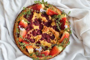Cómo preparar este delicioso pastel de frutos rojos