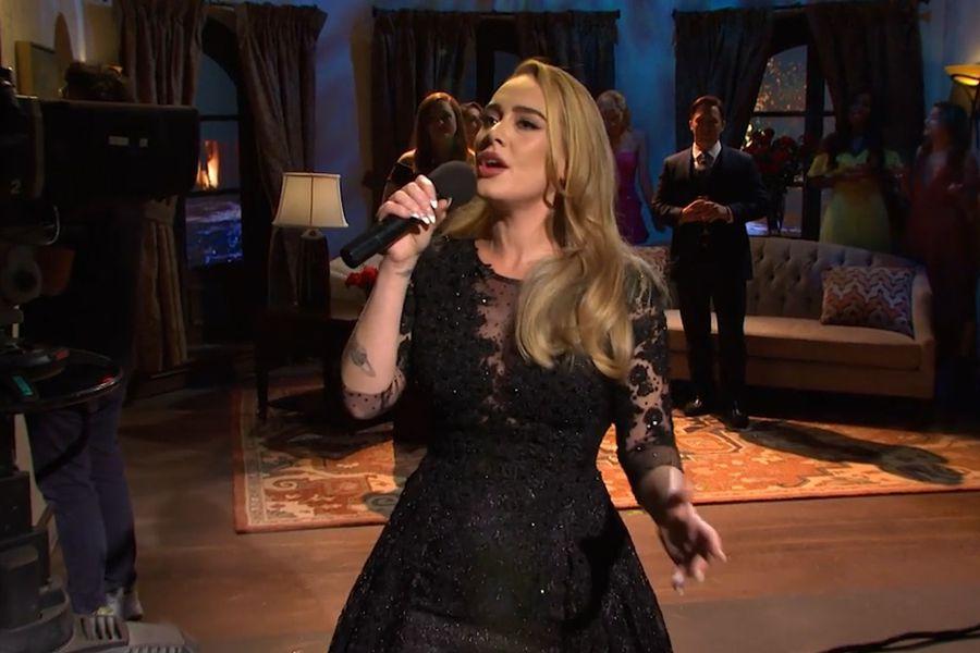 Adele se luce en Saturday Night Live interpretando sus clásicos en un  sketch de The Bachelor - La Tercera