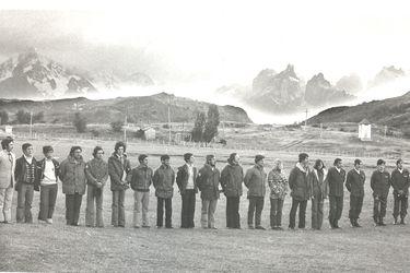 Entrega de tierras por parte de Guido Monzino 1977