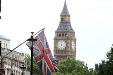 La economía británica sufrió una contracción récord en marzo producto del coronavirus