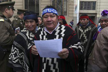 El llamado de Blumel al padre de Camilo Catrillanca para agradecerle su convocatoria a conmemorar en paz la muerte de su hijo