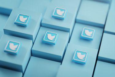 """Rusia descarta por ahora bloquear Twitter tras la retirada de """"contenido prohibido"""""""