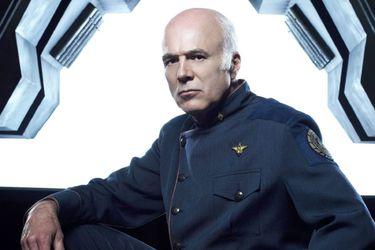 Fans de Battlestar Galactica recaudan dinero para la recuperación del actor Michael Hogan